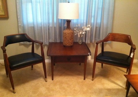 Superb Mid Century Modern Walnut Arm Chair