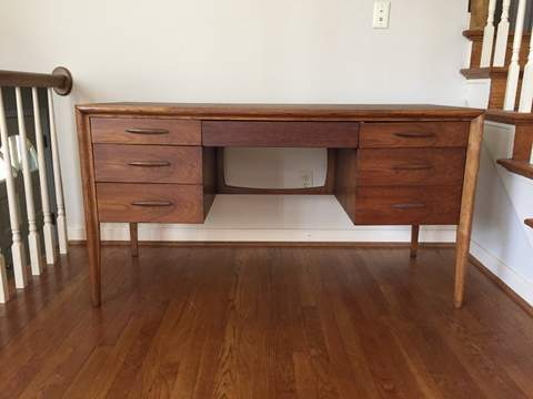 Mid Century Modern Desk Broyhill Premier
