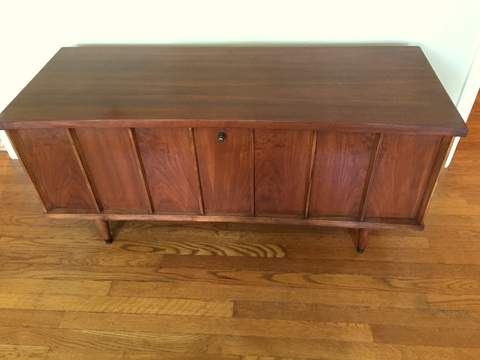 Mid Century Modern Sweetheart Cedar Chest By Lane Furniture Company