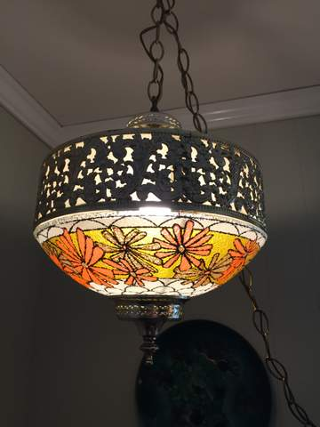 vintage-flowered-swag-lamp