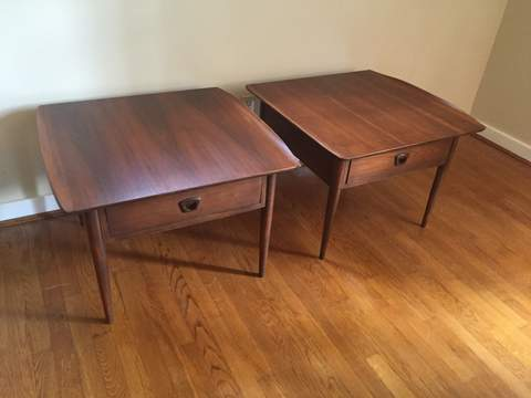 Vintage Mid Century Bassett Artisan End Table