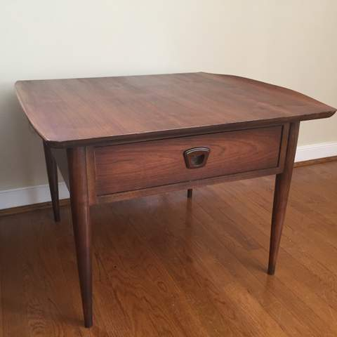 Vintage Mid Century Bassett Artisan End Table Epoch