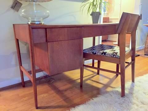 mid century mdoern desk Parallel line by Drexel designed by John Van Koert