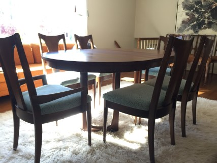 Mid Century Modern Walnut Dining Set By Broyhill Emphasis
