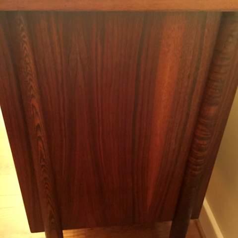Mid Century Modern Walnut Credenza By Stanley Furniture