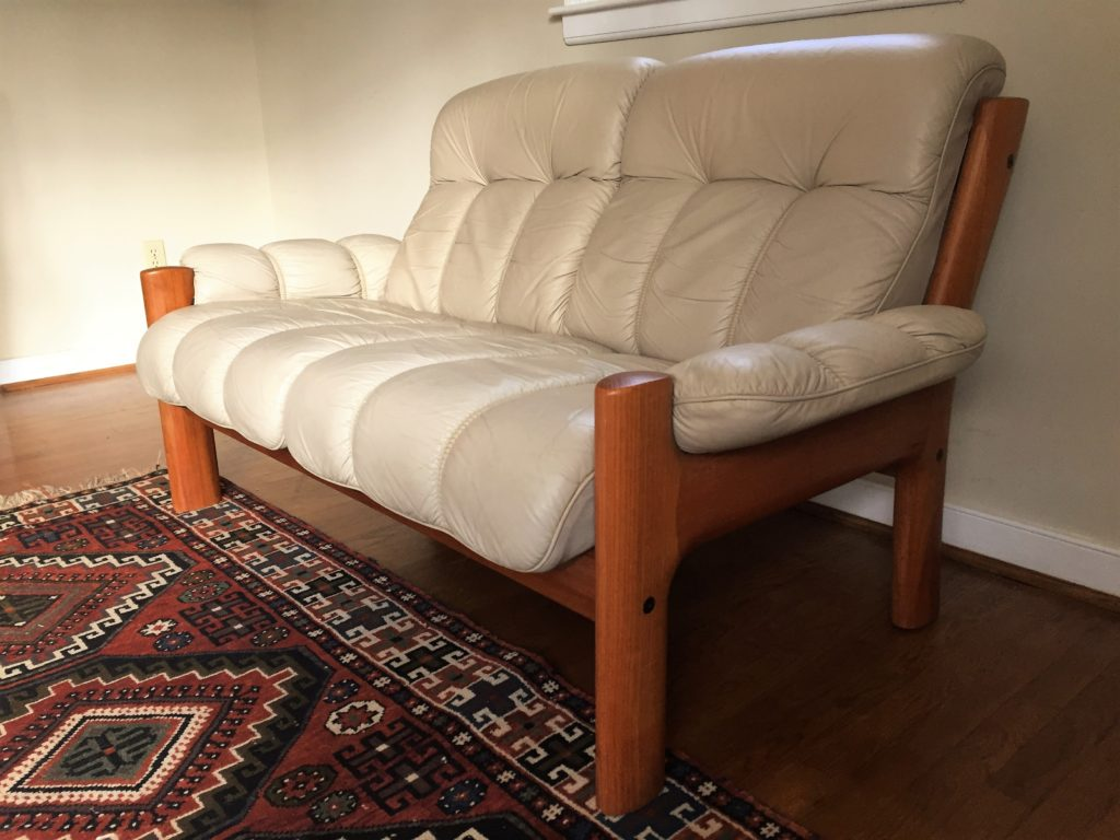 Ekornes-teak-sofa-norwegian