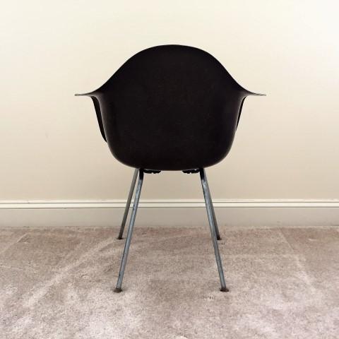 mid-century-modern-herman-miller-fiberglass-chair-Eames-mocha