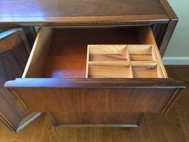 Mid Century Modern Walnut Triple Dresser By Thomasville