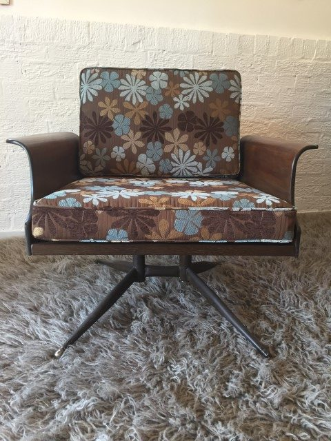 Pair Mid Century Modern Bent Plywood Lounge Chairs By