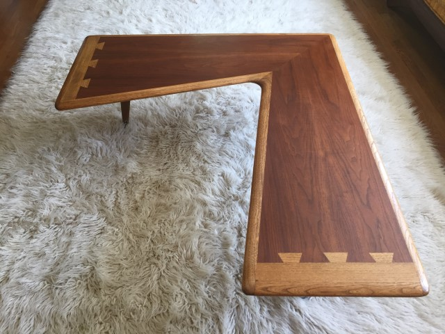 http://epochfurnishings.com/2017/04/29/mid-century-modern-lane-acclaim-walnut-boomerang-coffee-table/