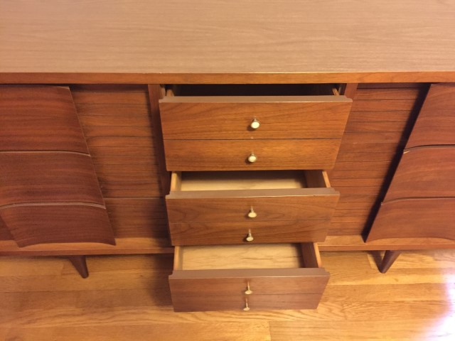Mid Century Modern 9 Drawer Dresser By Johnson Carper Epoch