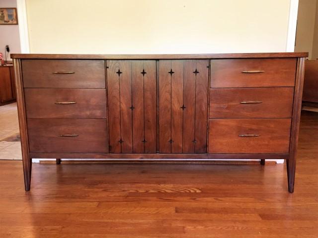 Mid Century Modern Broyhill Saga Triple Lowboy Dresser Epoch
