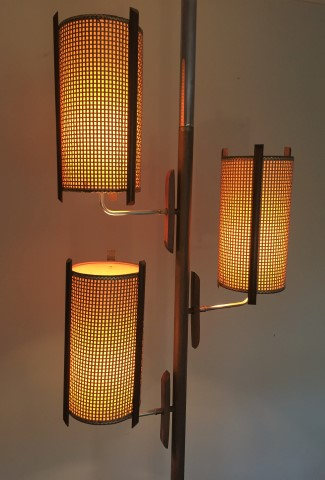 Mid Century Modern Tension Rod Pole Lamp Br Walnut Fibergl Rattan