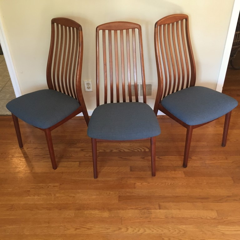 Danish Modern Teak Dining Chairs By Benny Linden