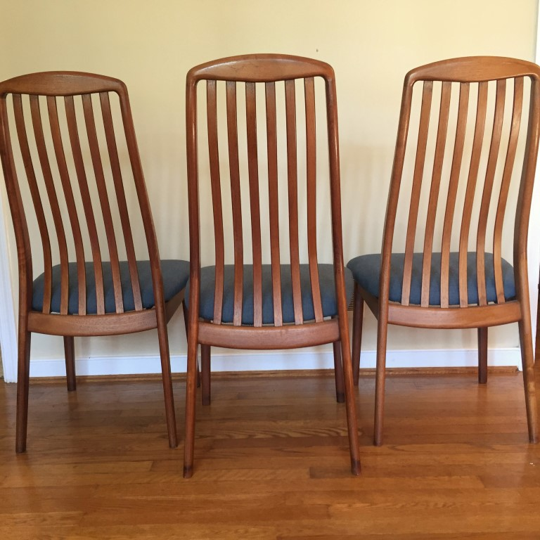 set of 3 Danish teak dining chairs by Benny Linden