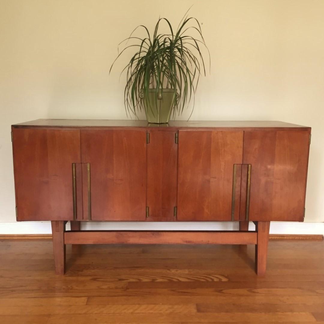 ... Vintage Mid Century Modern China Cabinet Storage Bar Liquor Cabinet  Credenza