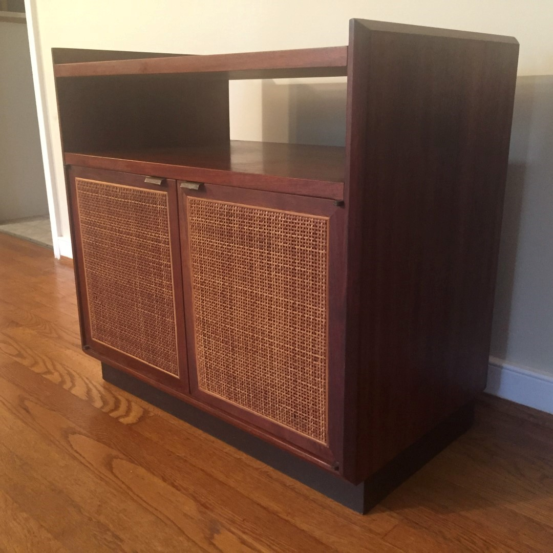 Mid Century Modern Walnut Turntable Amp Record Storage