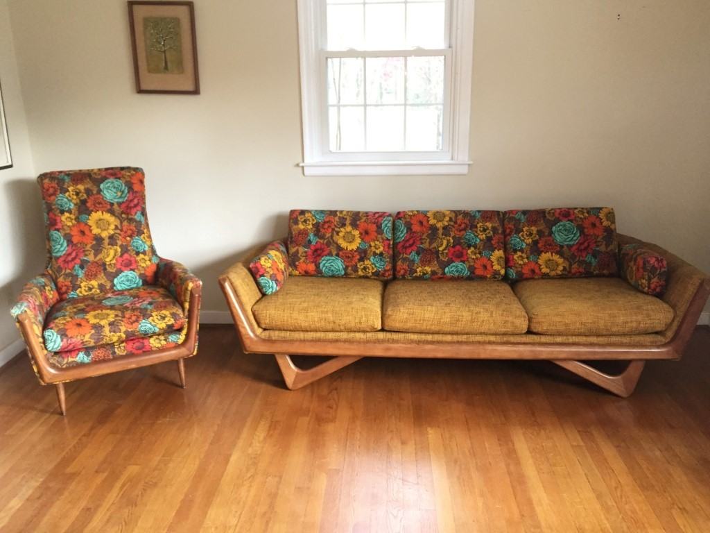 Upholstered Daybed Couch