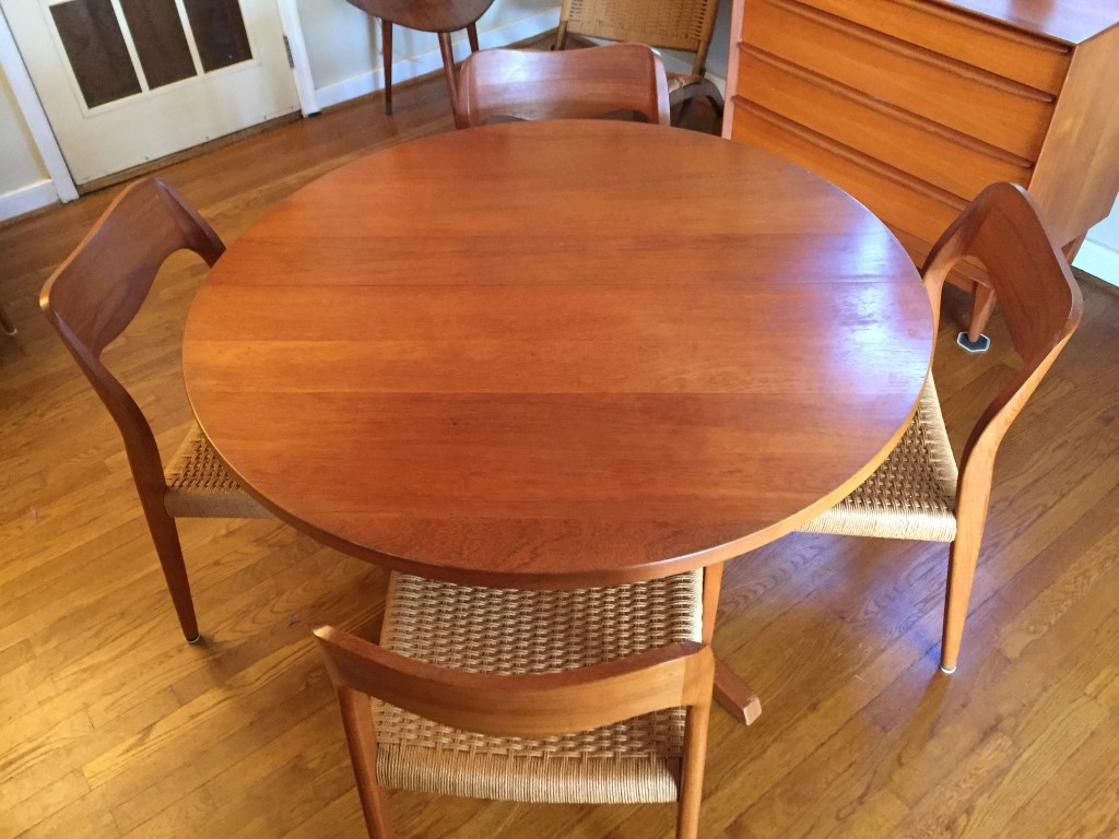 Danish Modern Circular Teak Dining Table Two Leaves Epoch