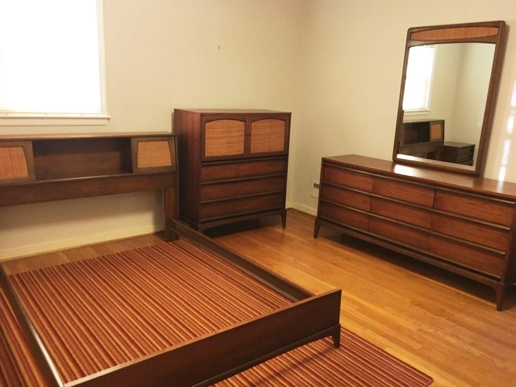 Mid Century Walnut Bedroom Set Rhythm Collection By Lane Epoch