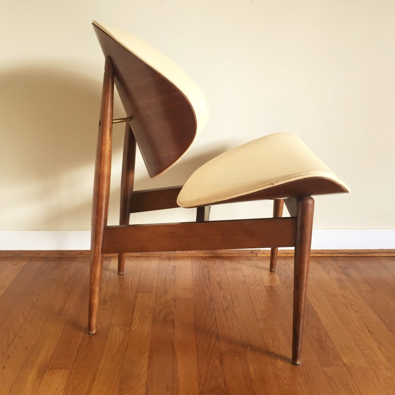 Vintage Clam Shell Chair By Seymour James Wiener For