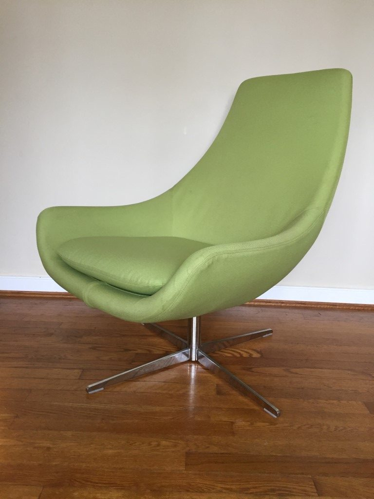 Mid Century Modern Style Egg Chairs Amp Ottomans By Martin