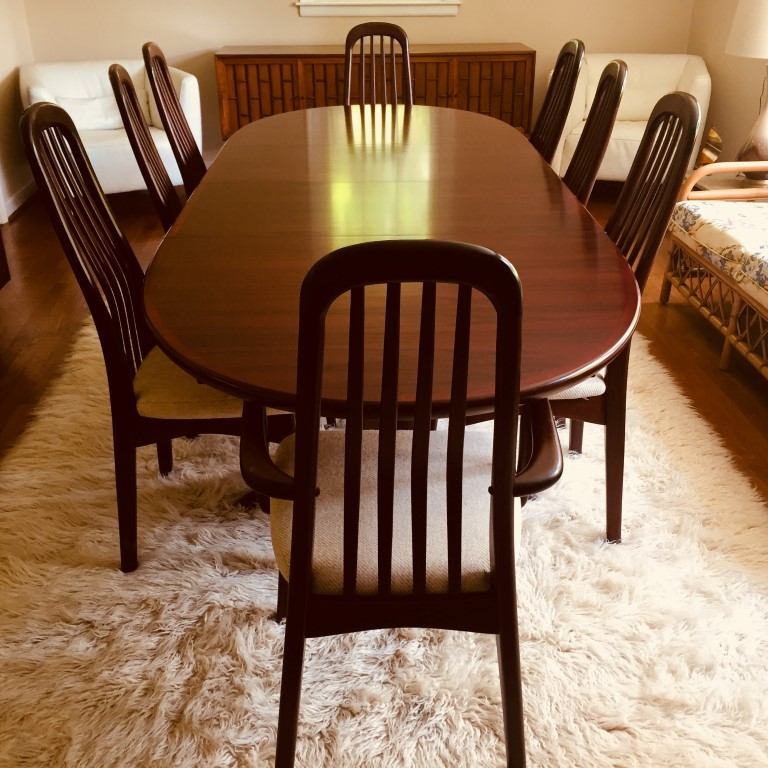 Danish Modern Rosewood Dining Table With 8 Chairs By Benny